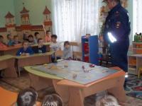 Встреча  инспектора ГИБДД с воспитанниками детского сада